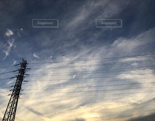 風景,空,屋外,雲,青空,夕暮れ,くもり,電線路