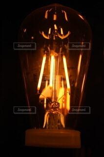 電球,暗い,灯り,ポートレート,明るい,航空機,真鍮