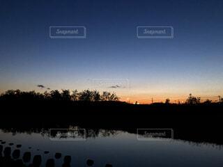自然,風景,空,屋外,湖,雲,夕暮れ,暗い,水面,樹木