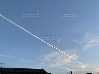 空,屋外,雲,青空,青,夕方,飛行機雲,日中