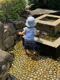 子ども,夏,屋外,暑い,涼しい,幼児,夏休み,水遊び