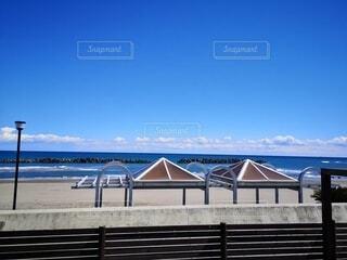 海,空,夏,絶景,屋外,ビーチ,雲,青空,青,砂浜,水面,海岸,景色,日本,桟橋,外出,爽快,清涼感,日中,海外風,外国風
