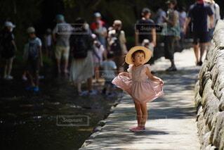 麦わら帽子の女の子の写真・画像素材[4789787]