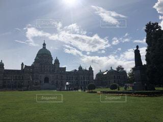 空,建物,屋外,雲,草,樹木,カナダ,ビクトリア