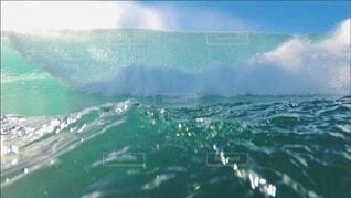 海,屋外,サーフィン,ビーチ,雲,波,水面,サーフ,マリンスポーツ,アクア