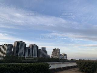 風景,空,建物,屋外,雲,川,タワー,樹木,都会,高層ビル,日中