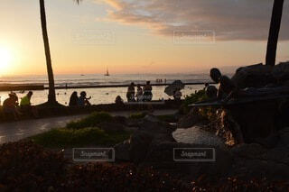 空,屋外,湖,太陽,ビーチ,雲,夕暮れ,水面,浜辺,旅行,ハワイ