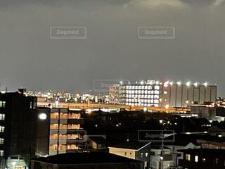 空,建物,屋外,都市,高層ビル,明るい