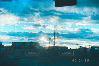 空,朝,雨上がり,朝から