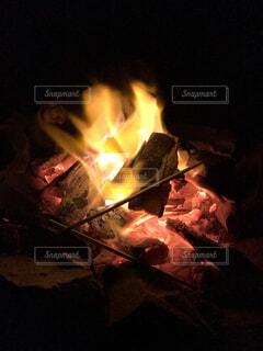 火のクローズアップの写真・画像素材[4805380]