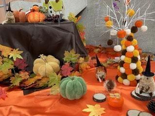 食べ物,花,屋内,花瓶,果物,野菜,植木鉢,かぼちゃ,ひょうたん,スカッシュ,ハロウィーン,カボチャ,自然食品,セイヨウカボチャ,地元の料理