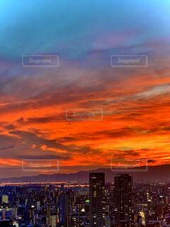 日没後の夕焼けの写真・画像素材[4823833]