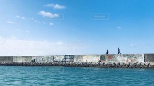 堤防の写真・画像素材[1690689]