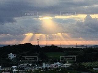 太陽,朝日,日の出,天使のはしご