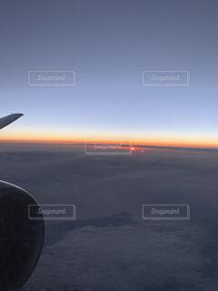 空,屋外,雲,飛行機,航空機,フライト,空の旅,航空,車両,航空宇宙工学,航空宇宙メーカー