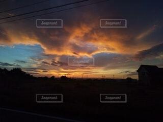 夕暮れの空の写真・画像素材[4839231]