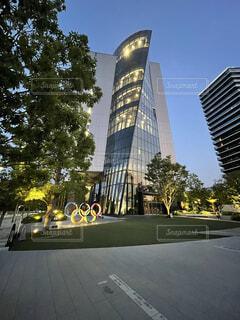 空,建物,屋外,タワー,樹木,都会,高層ビル,ダウンタウン,オリンピック,アーキテクチャ