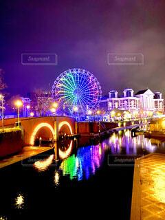 空,夜,橋,観覧車,花火,水面,反射,明るい,ハウステンボス,点灯,観光の名所