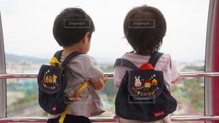 子ども,2人,風景,子供,遊園地,人,幼児,少年,兄弟