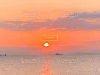 自然,風景,海,空,屋外,湖,太陽,ビーチ,雲,夕暮れ,船,水面,夜明け,オレンジ,日の出