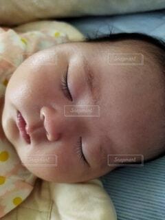 子ども,屋内,人物,人,赤ちゃん,幼児,新生児,少し,人間の顔