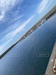 海,空,屋外,湖,ビーチ,雲,ボート,船,水面,海岸
