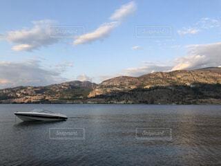 自然,風景,空,屋外,湖,雲,ボート,船,水面,山,車両,水上バイク