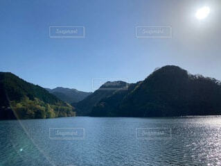 自然,風景,空,屋外,湖,雲,水面,山,景色,旅行,ダム,日中