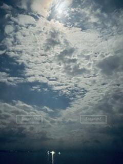 自然,風景,海,空,屋外,雲,船,月,くもり,灯