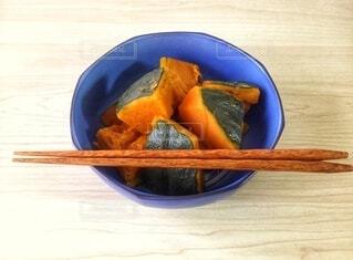 かぼちゃの煮物、かぼちゃの煮っころがしの写真・画像素材[3881173]