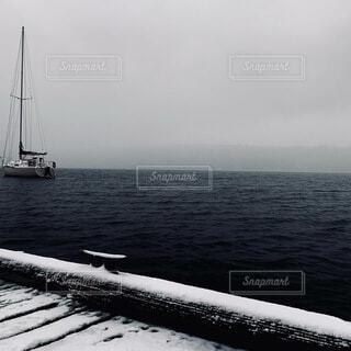 海,空,屋外,湖,ボート,船,水面,霧,車両,水上バイク