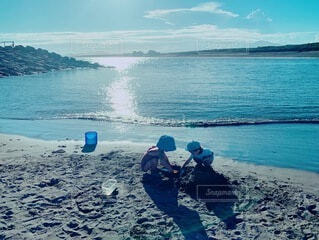 自然,屋外,湖,ビーチ,水面,海岸,人物,人