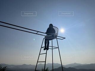 空,屋外,太陽,椅子,人物,人,パーソン