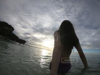 自然,海,空,屋外,湖,ビーチ,雲,水面,人物,人