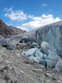 氷河の端っこの写真・画像素材[4948764]
