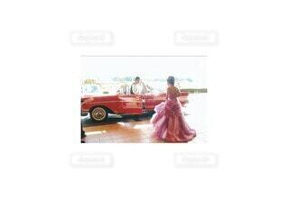 赤,車,結婚式,朱色,パレード,クラシックカー,車両,ホイール,テキスト,50's,アメリカンドリーム,アメリカングラフィティ