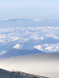 空の上、思った以上の白の写真・画像素材[4918382]