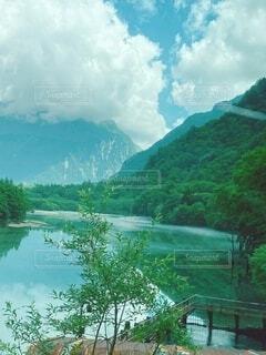 自然,風景,空,屋外,雲,川,水面,山,景色,樹木,眺め,山腹