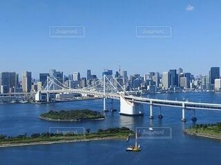 自然,海,空,橋,屋外,東京,ボート,青,船,水面,都会,高層ビル,お台場,レインボーブリッジ,日中