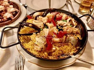 食べ物,ニューヨーク,屋内,アメリカ,皿,調理,パエリア,シーフード,魚介類,海老,ファストフード,ムール貝,イカ,スペイン料理