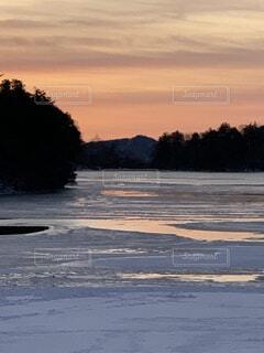 自然,風景,空,屋外,湖,ビーチ,雲,夕暮れ,水面,海岸,樹木,日の出