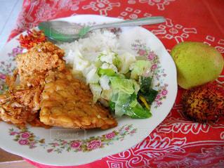 家庭料理,野菜,りんご,料理,おいしい,手作り,フライドチキン,インドネシア,食べもの,えび,ランブータン,ジャワ,テンペ