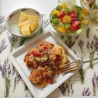 食べ物,ディナー,トマト,野菜,皿,ラザニア