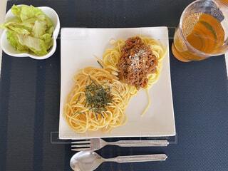 食べ物,食事,ランチ,フード,パスタ,サラダ,昼食,おうちカフェ,手作り,飲食,おうち時間,テレワーク