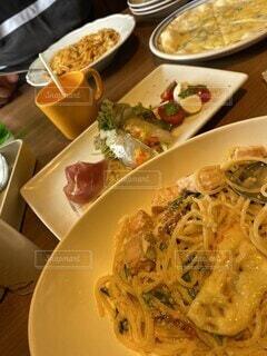 食べ物,食事,ディナー,フード,皿,パスタ,食器,レストラン,飲食