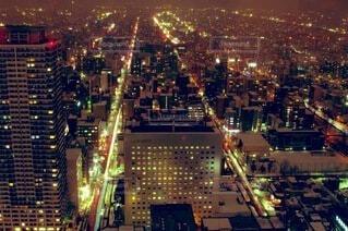 夜の都会の写真・画像素材[4841519]