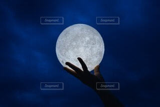 自然,風景,空,夜,手,月,ボール,満月