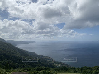 自然,風景,空,屋外,湖,草原,雲,水面,山,景色,草,丘,くもり,山腹