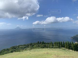 自然,風景,空,屋外,湖,草原,雲,水面,山,景色,草,丘,樹木,くもり