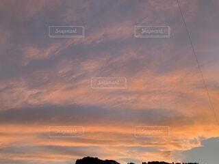 夕焼け雲の写真・画像素材[4876483]